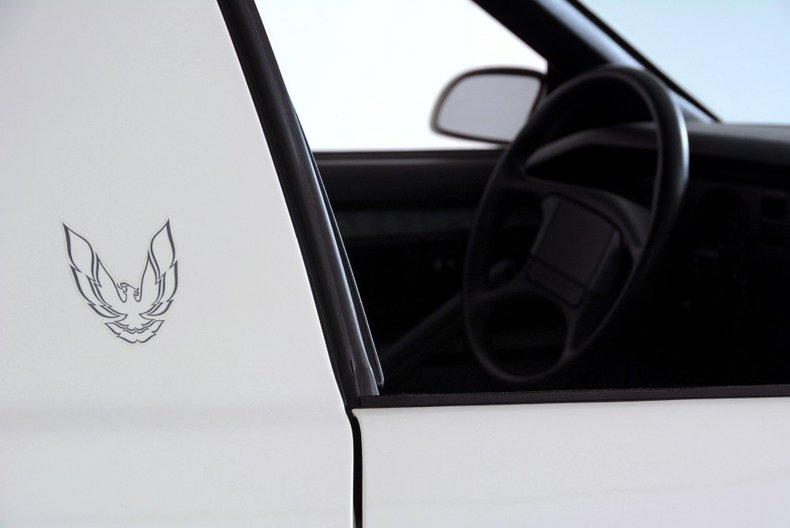 1989 Pontiac Formula Image 11