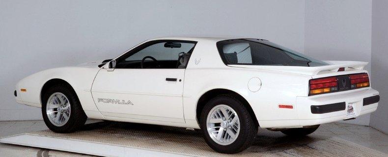 1989 Pontiac Formula Image 14