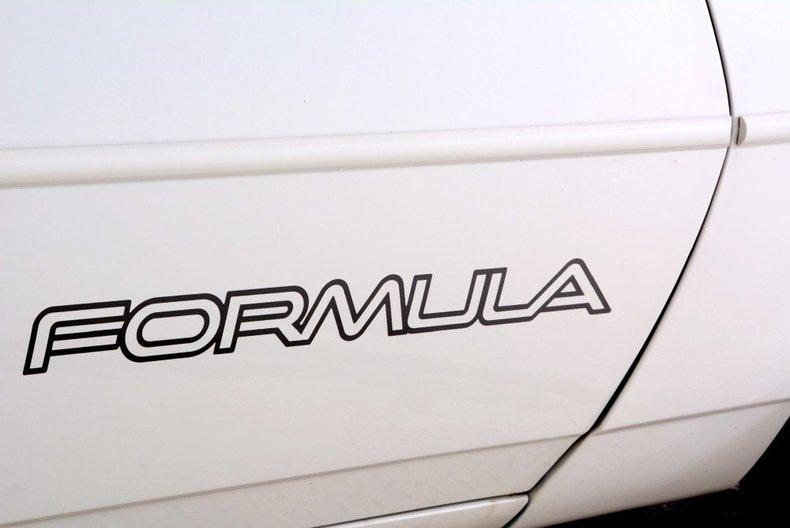 1989 Pontiac Formula Image 17