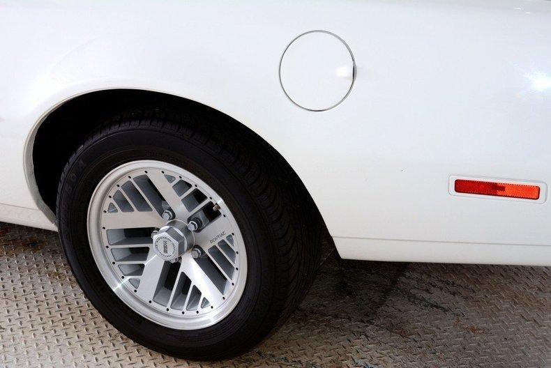 1989 Pontiac Formula Image 32