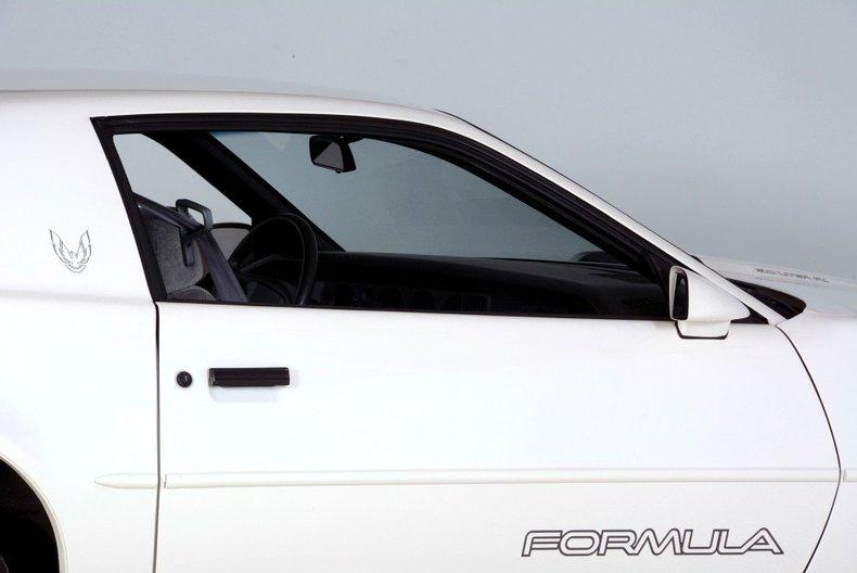 1989 Pontiac Formula Image 59