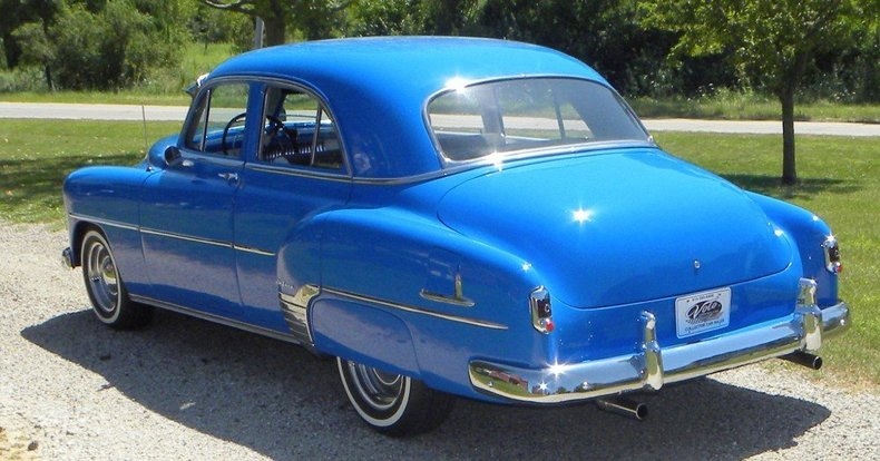 1952 Chevrolet Sedan Image 6
