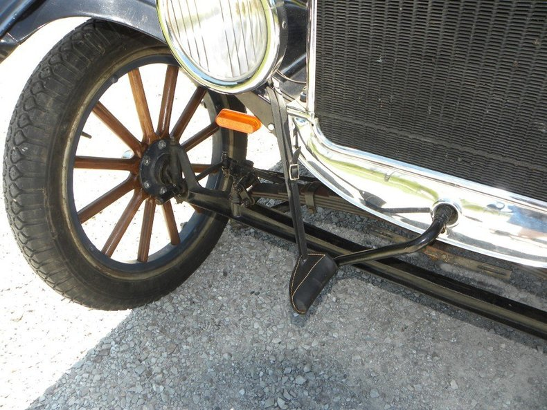 1924 Ford Model T Image 37