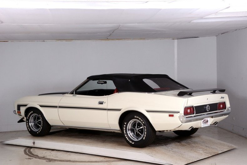 1972 Ford Mustang Image 11