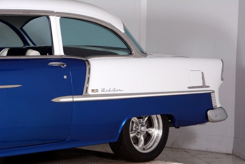 1955 Chevrolet Custom Image 9