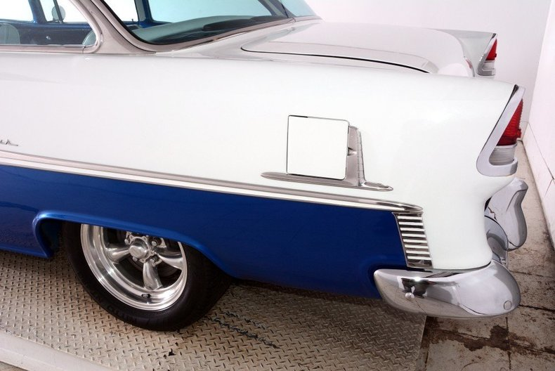 1955 Chevrolet Custom Image 12