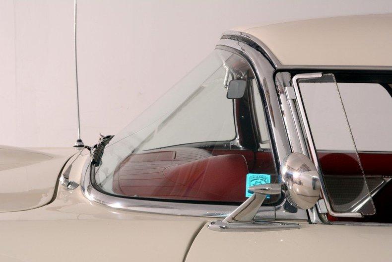 1957 Ford Thunderbird Image 7