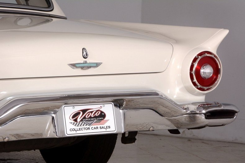 1957 Ford Thunderbird Image 11
