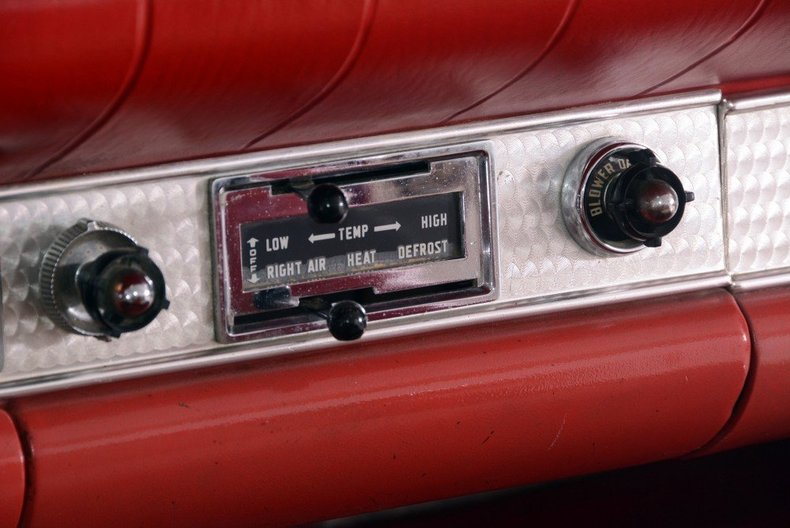 1957 Ford Thunderbird Image 15