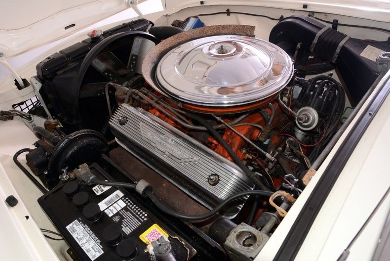1957 Ford Thunderbird Image 17