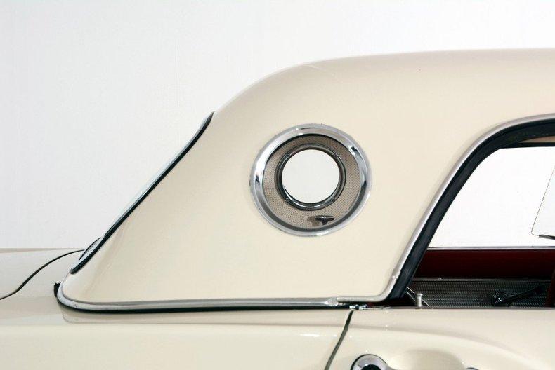 1957 Ford Thunderbird Image 40