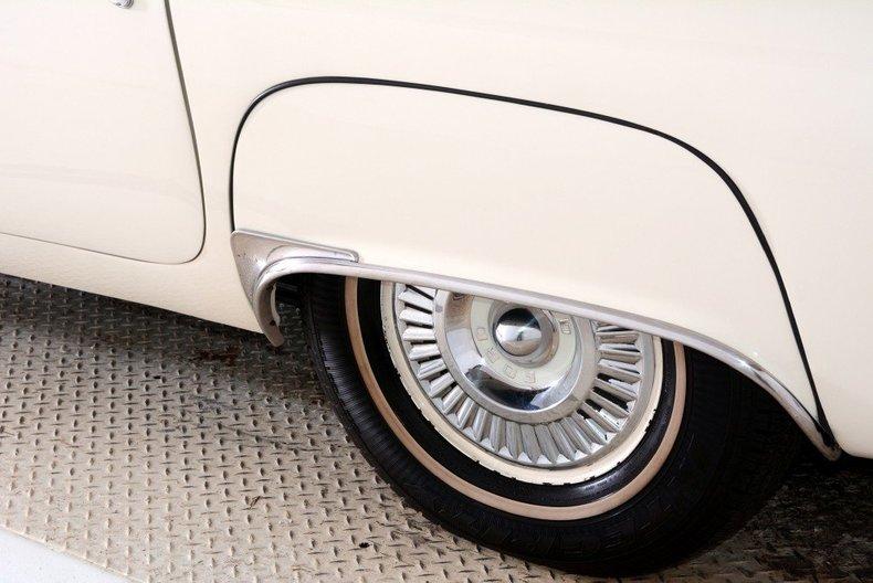 1957 Ford Thunderbird Image 57