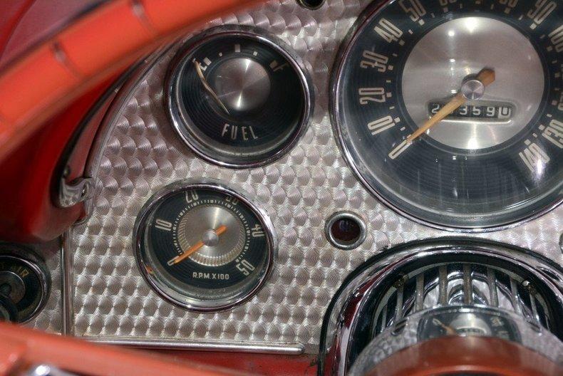 1957 Ford Thunderbird Image 64