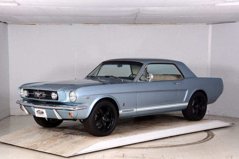 1965 Ford Mustang Image 22