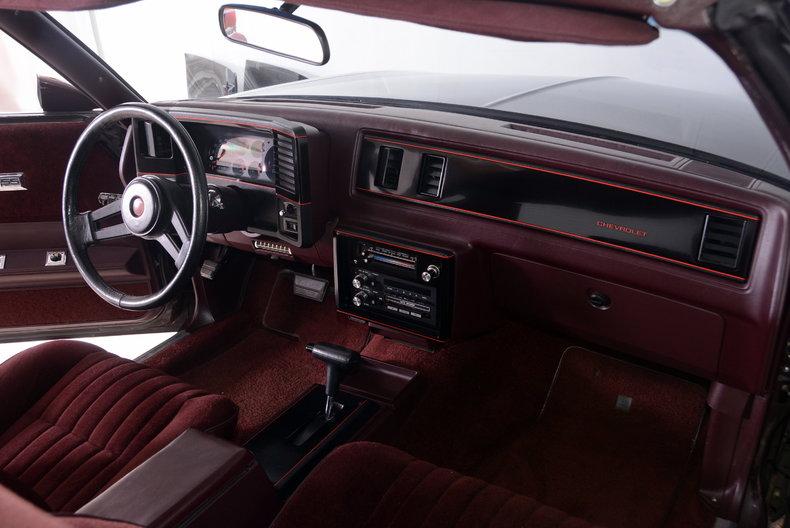 1986 Chevrolet Monte Carlo Image 32