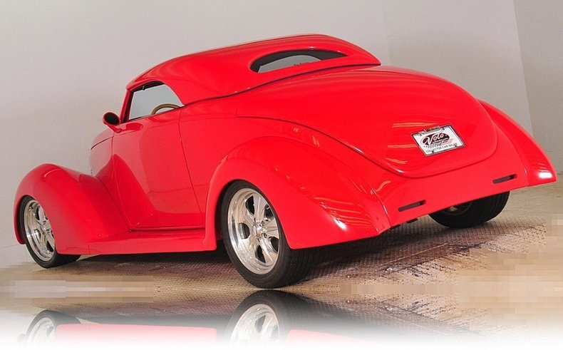 1939 Ford  Image 3