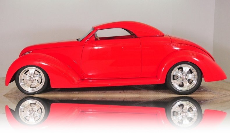1939 Ford  Image 11