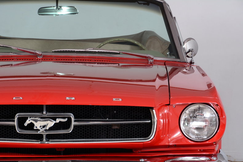1965 Ford Mustang Image 40