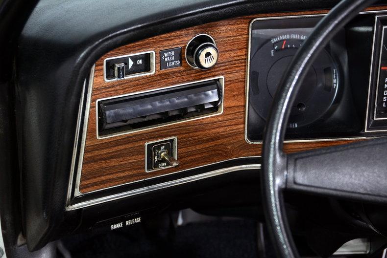 1975 Pontiac  Image 10