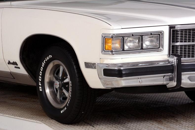 1975 Pontiac  Image 18