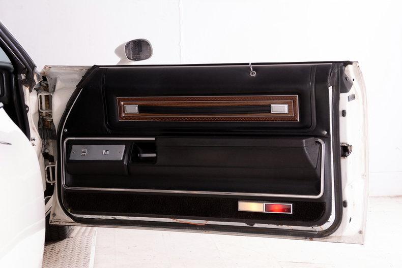 1975 Pontiac  Image 20