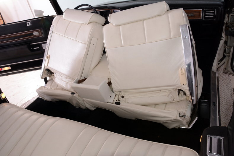 1975 Pontiac  Image 29