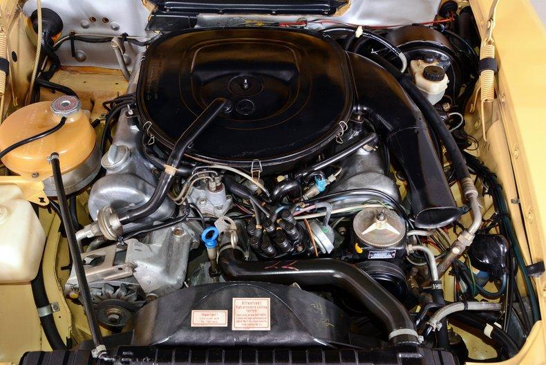 1977 Mercedes-Benz 450SL Image 4