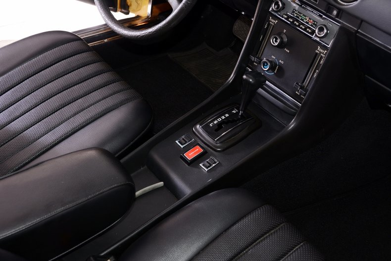 1977 Mercedes-Benz 450SL Image 8