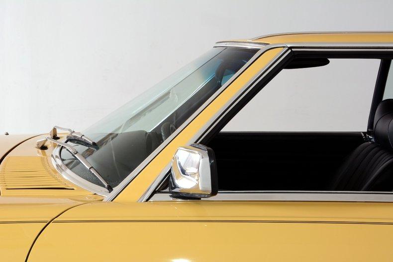 1977 Mercedes-Benz 450SL Image 9
