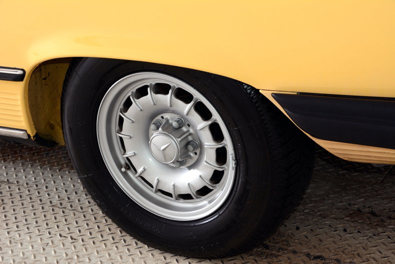 1977 Mercedes-Benz 450SL Image 10