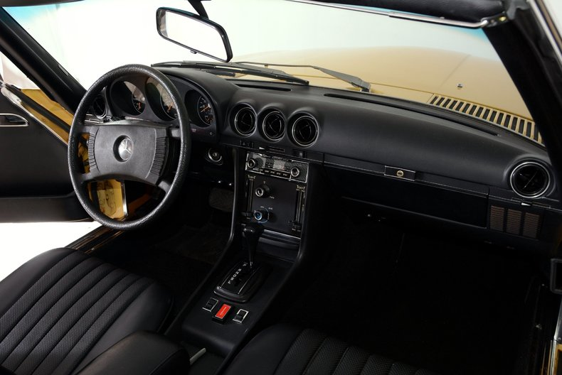 1977 Mercedes-Benz 450SL Image 11