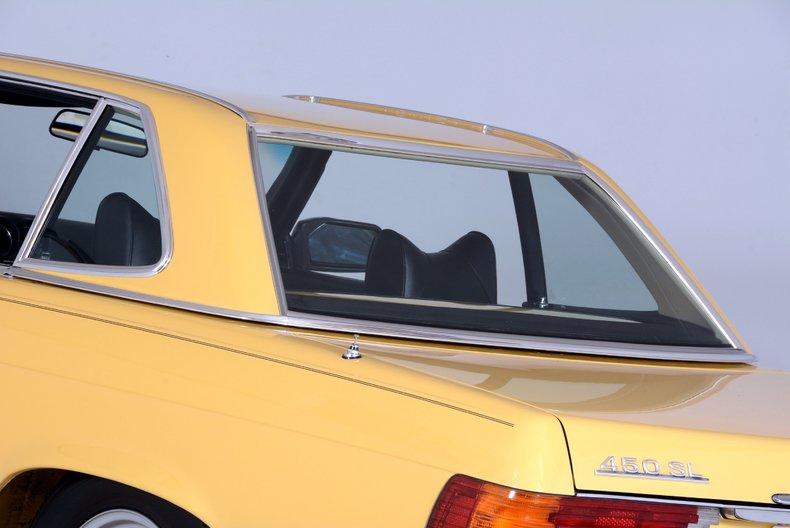 1977 Mercedes-Benz 450SL Image 16