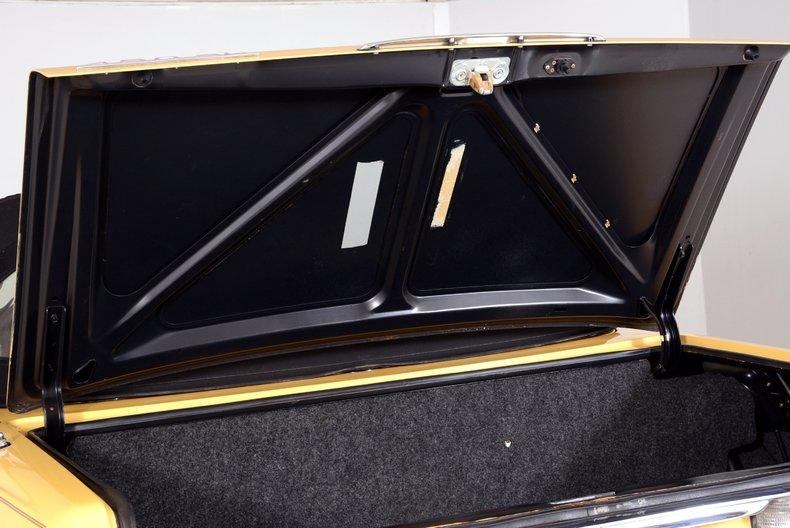 1977 Mercedes-Benz 450SL Image 25