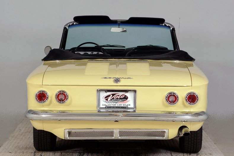 1962 Chevrolet Corvair Image 7