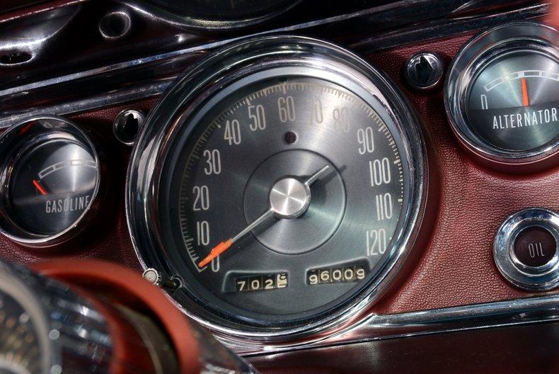 1964 Chrysler 300 Image 7