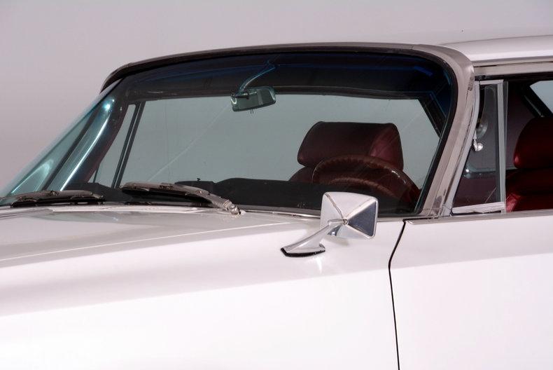 1964 Chrysler 300 Image 8