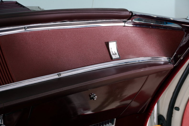 1964 Chrysler 300 Image 10