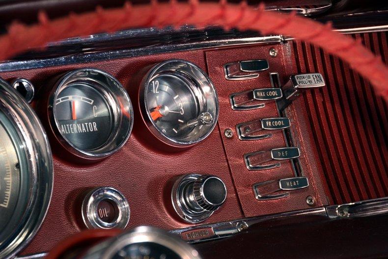 1964 Chrysler 300 Image 12