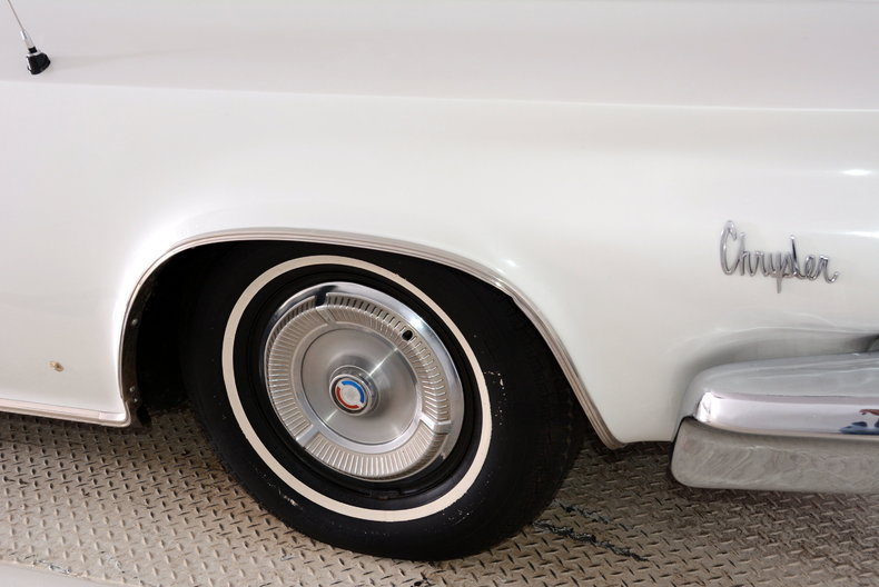 1964 Chrysler 300 Image 13
