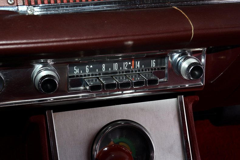 1964 Chrysler 300 Image 14