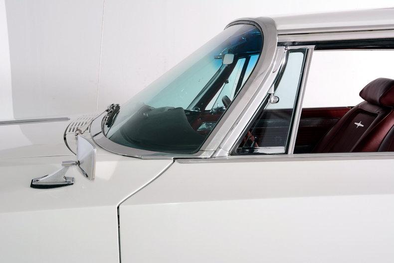 1964 Chrysler 300 Image 19
