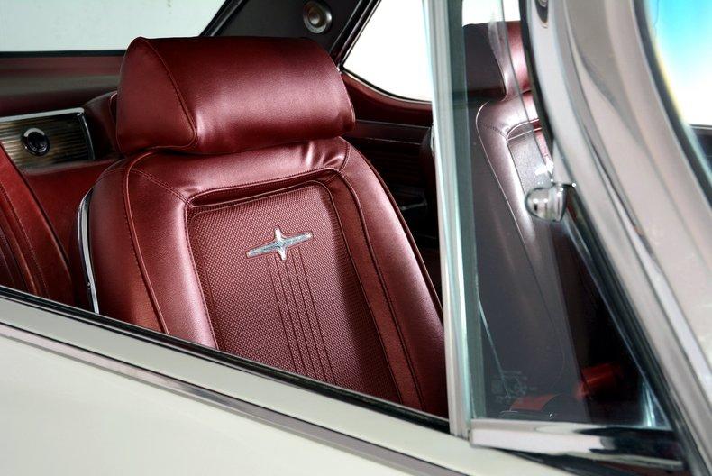 1964 Chrysler 300 Image 21