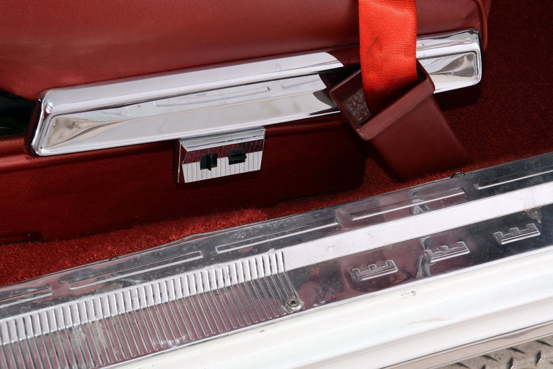 1964 Chrysler 300 Image 28