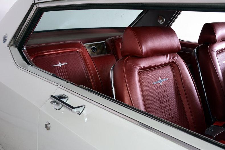 1964 Chrysler 300 Image 39