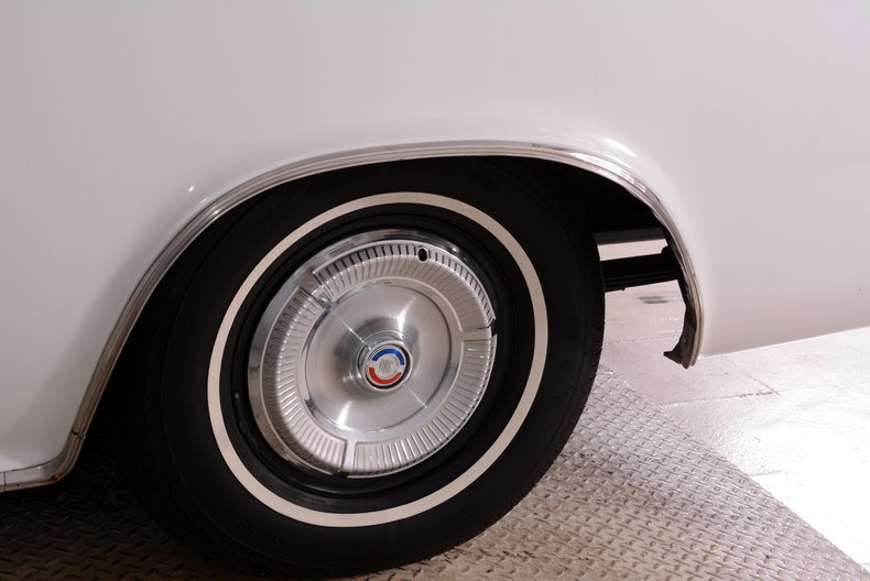 1964 Chrysler 300 Image 43
