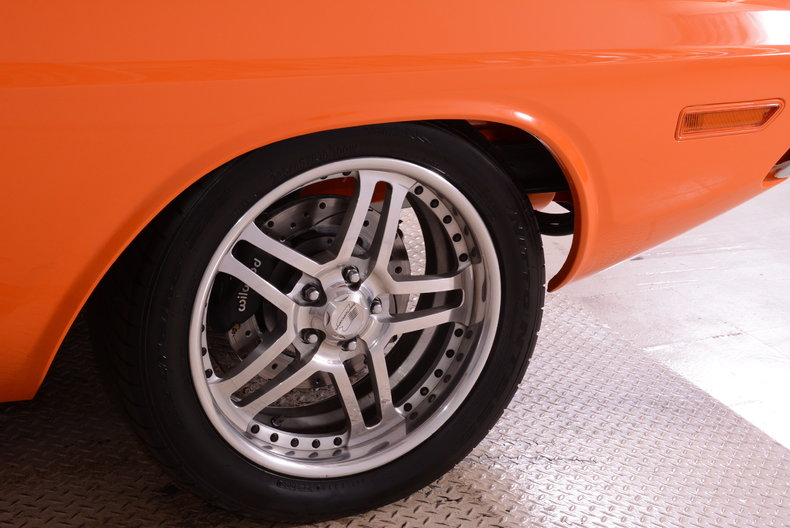 1971 Dodge Challenger Image 8