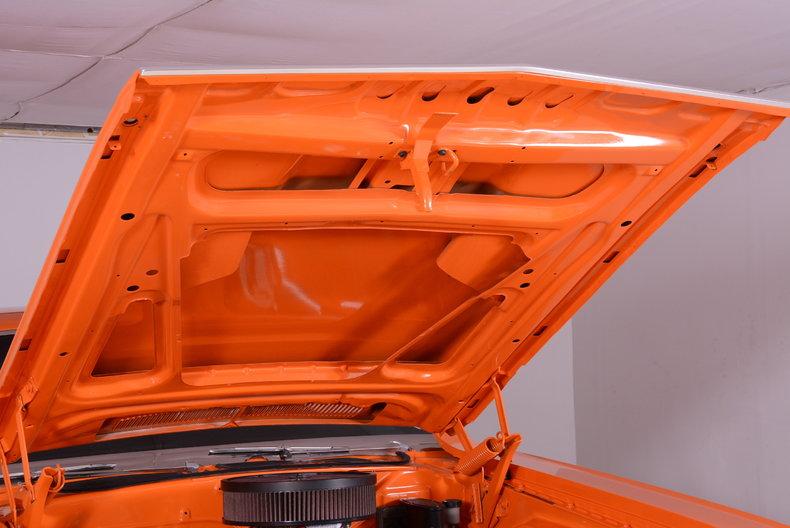 1971 Dodge Challenger Image 30