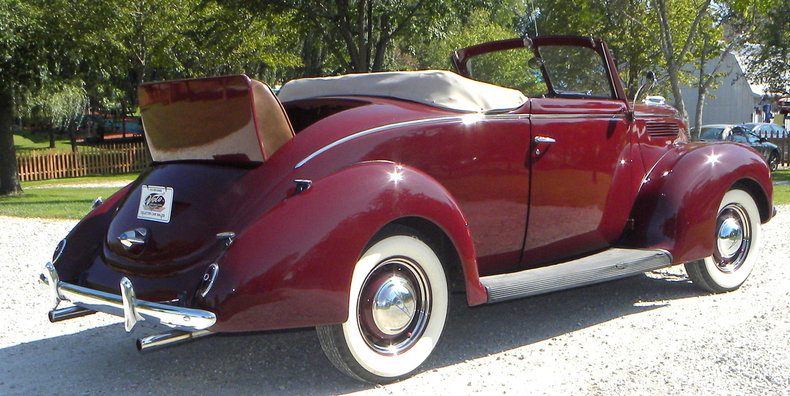 1938 Ford Model 81A Image 7