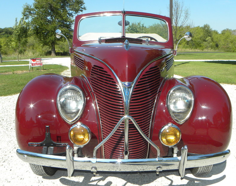 1938 Ford Model 81A Image 10