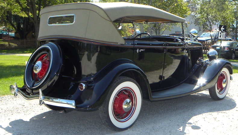 1934 Ford Model 40 Image 3